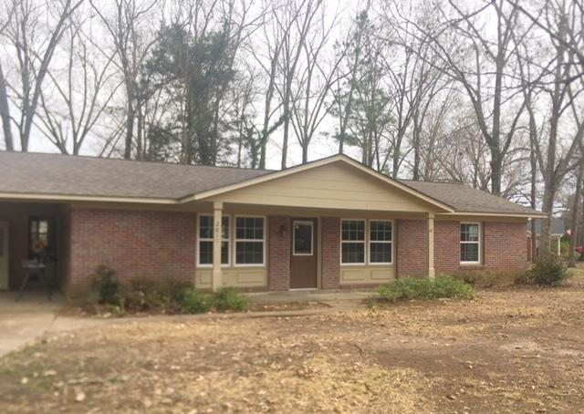 2011 Pin Oak Dr, Starkville, MS 39759