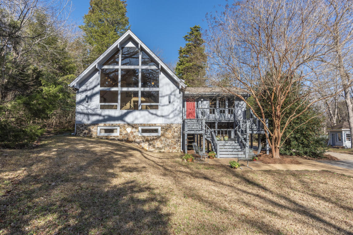104 Forest Hill Dr, Starkville, MS 39759
